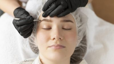 microblading eyebrows classes